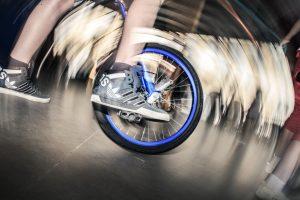 Einrad fahren. Für Geübte bis Fortgeschrittene (22.8-12.12)